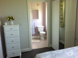 View into the en-suite